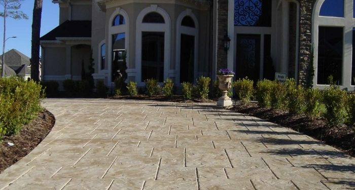 curved concrete driveway