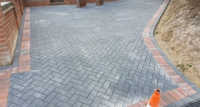 grey and red brick paving drive