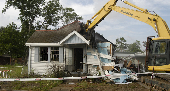 hosue being demolished